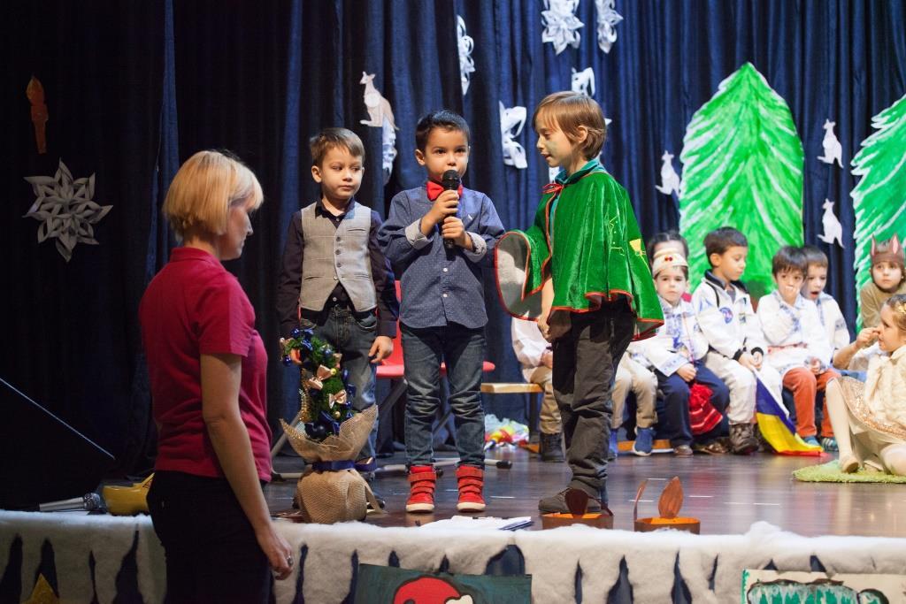 School Years Christmas Show (9)